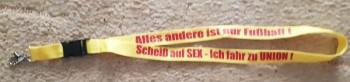 """Schlüsselband  """"Scheiss auf Sex"""" gelb"""