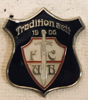 """Pin """"Tradition"""""""